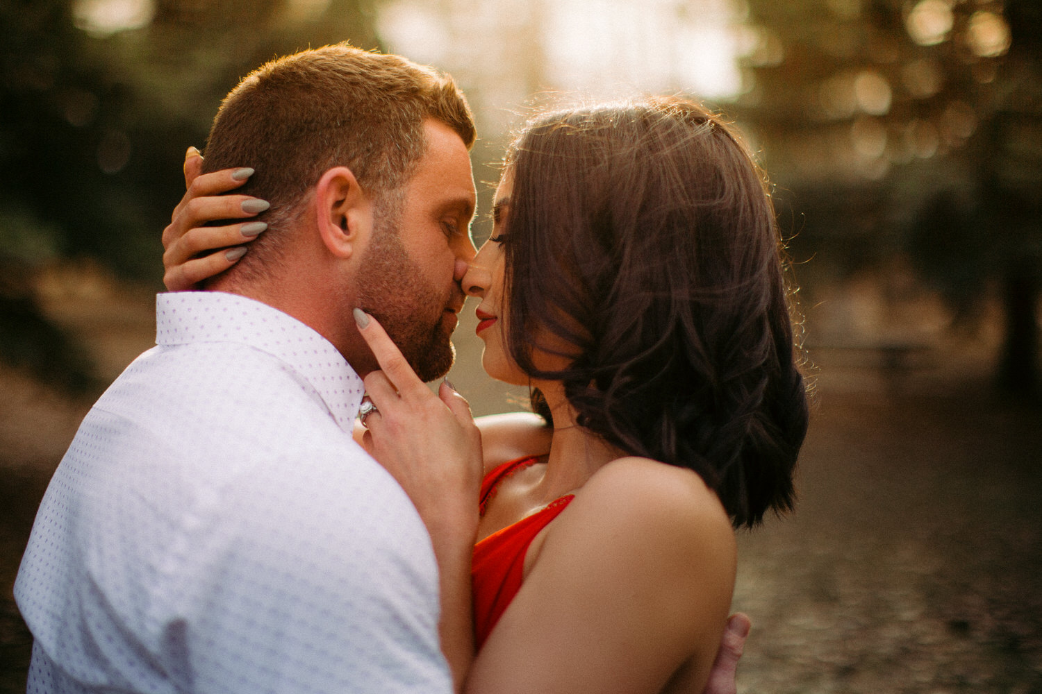A beautiful evening engagement shoot in a Calgary Park